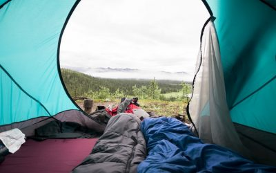 10 Best Budget Sleeping Bags & Quilts of 2020 (Under $200)