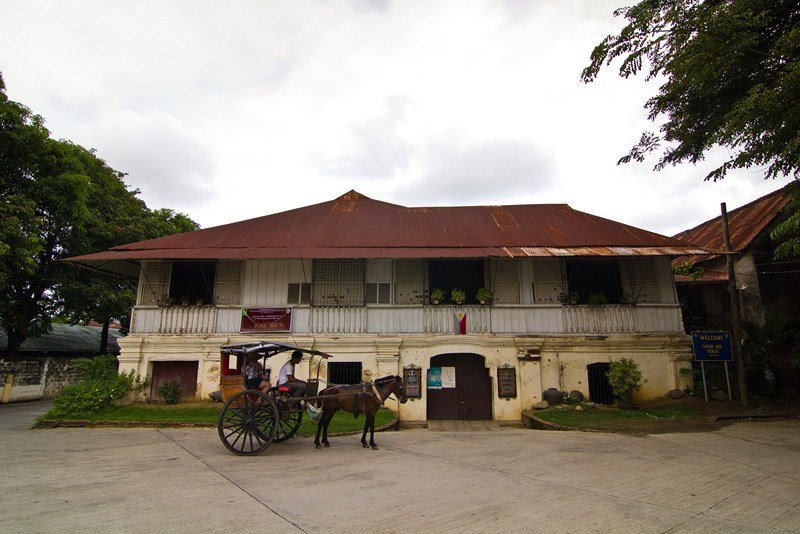 Burgos House