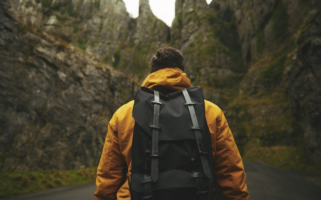 Gifts For Backpackers: 30 Brilliant Ideas for 2020