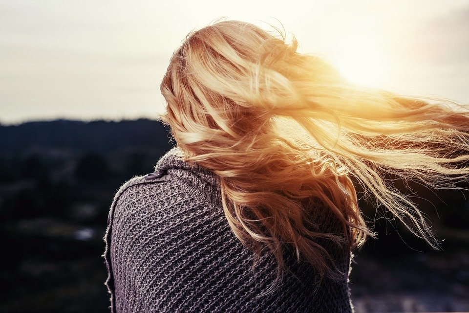 Travel Beauty Essential: How To Keep Your Hair Soft